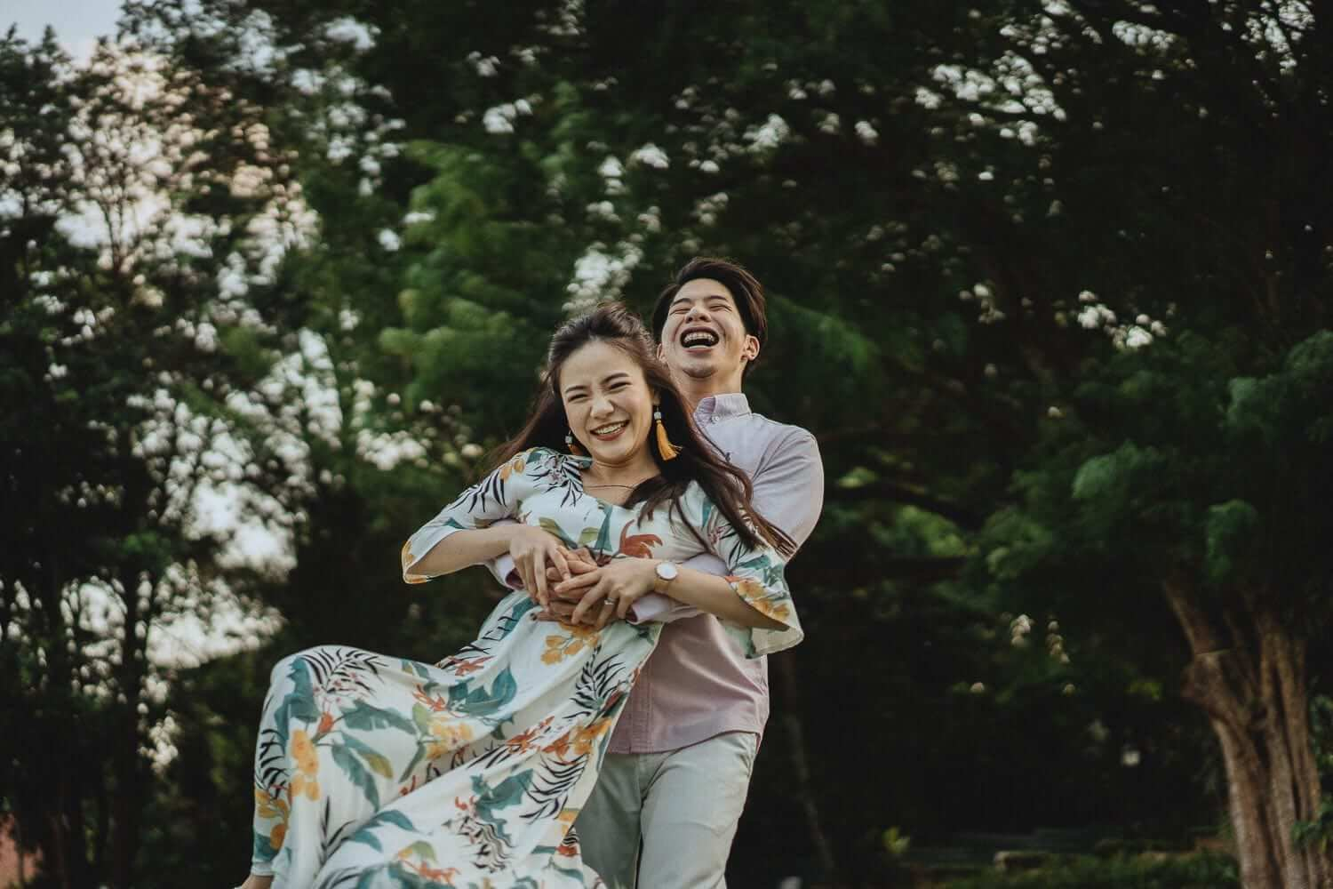 Get Pre Wedding Photoshoot in Singapore